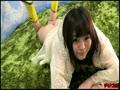 アダルト動画:雨雲なんてふっとばせ!!裸レインコート♪
